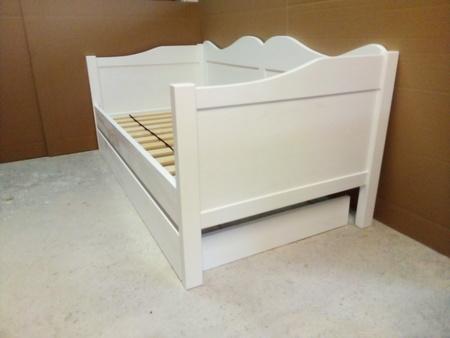 Łóżko drewniane dziecięce  z fala 80x180 białe z szufladą , (3) -